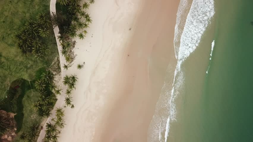Clearwater Bay Hainan waves 3 4K
