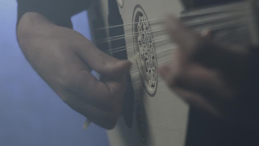 Oud Player details studio concert