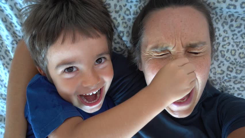 4K Selfie child makes his mother mad by tearing away her nose
