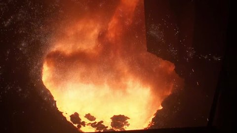 Smelting of liquid metal from blast furnace at the metallurgical plant