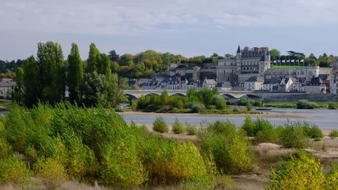 Amboise-France/Loire - October 10 2019 - Amboise - The Loire river and the village with the castle in background - Motion view