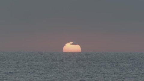 ocean sunset in hawaii