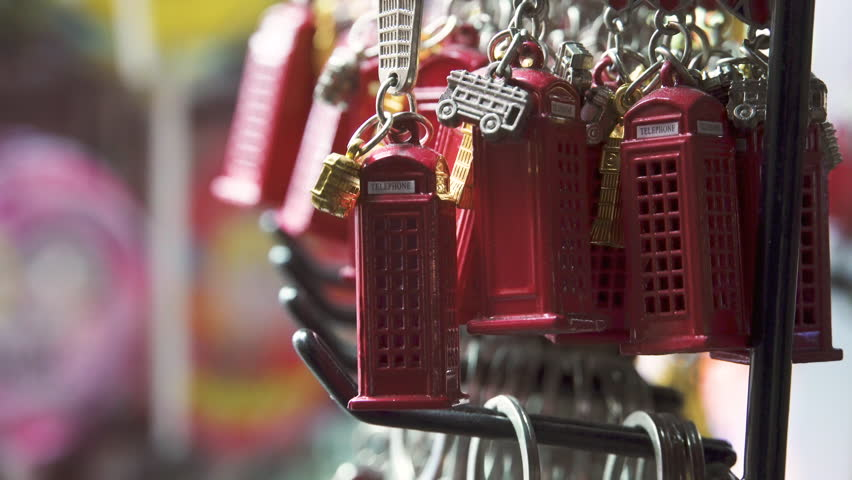 Souvenirs from London keychain red telephone booth.