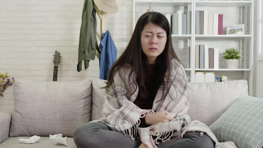 krankes-asiatisches-maedchen-haushaltschemikalien-und-spermienproduktion