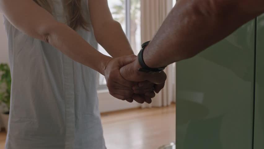 Saat Memulai Hubungan Baru