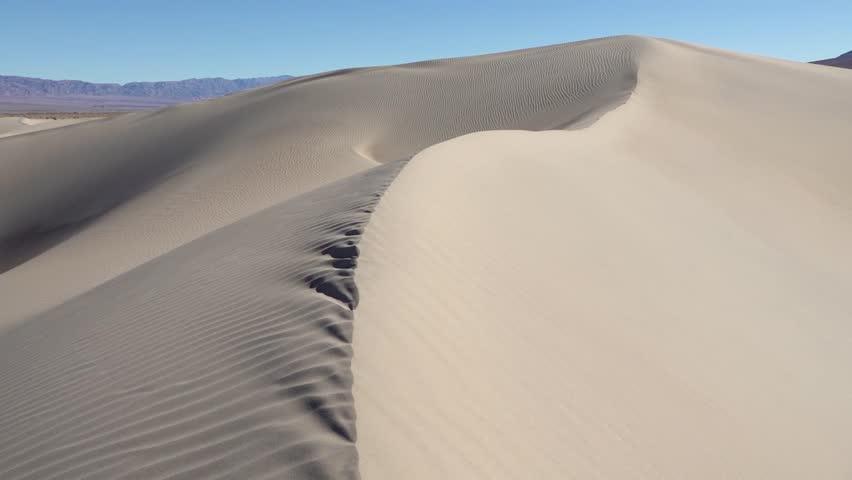 my-clit-sand-dunes-horni