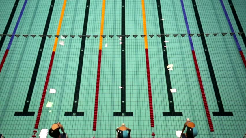 MOSCOW, RUSSIA   APRIL 19, 2015: Sportswomen Start To Swim Crawl During  Championship