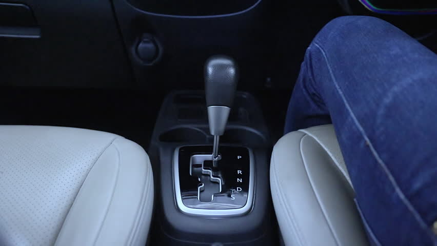 Automatic transmission, gear shifting from P to D #1023954512
