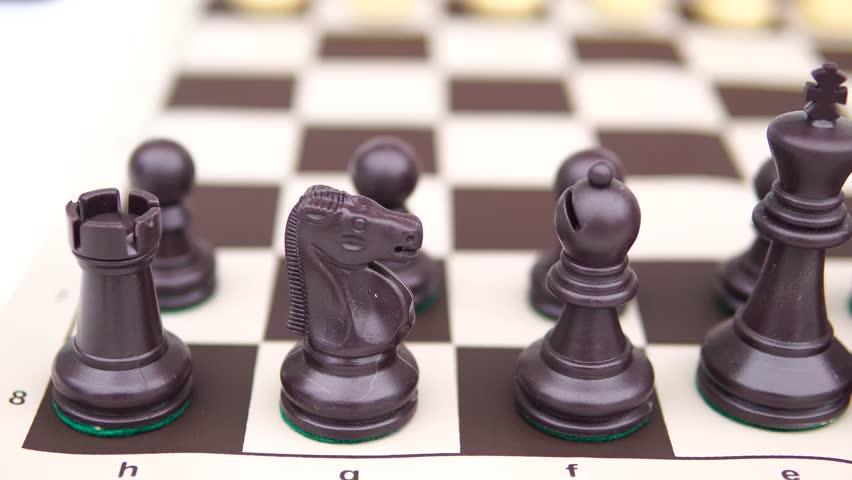 7 Playing chess, game table / Jugando ajedrez, mesa de juego #1026795812