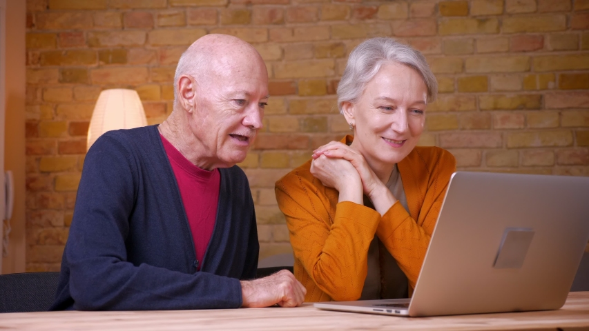 60's Plus Senior Online Dating Websites In America