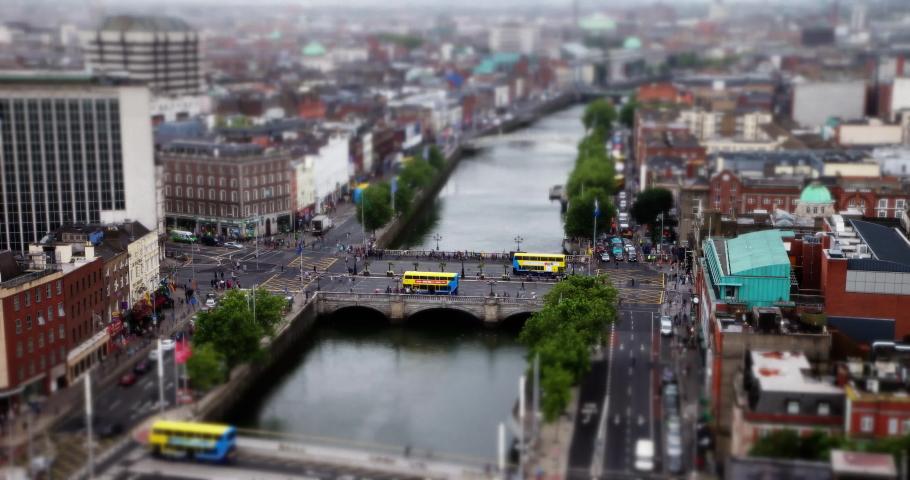 Tilt-shift time-lapse of O'Connell Bridge, Dublin, Ireland. | Shutterstock HD Video #1031377412