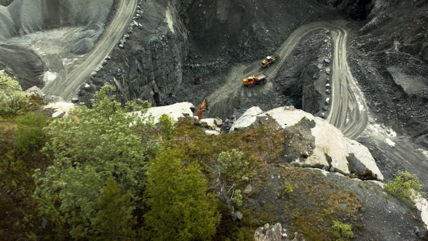 Header of quarry