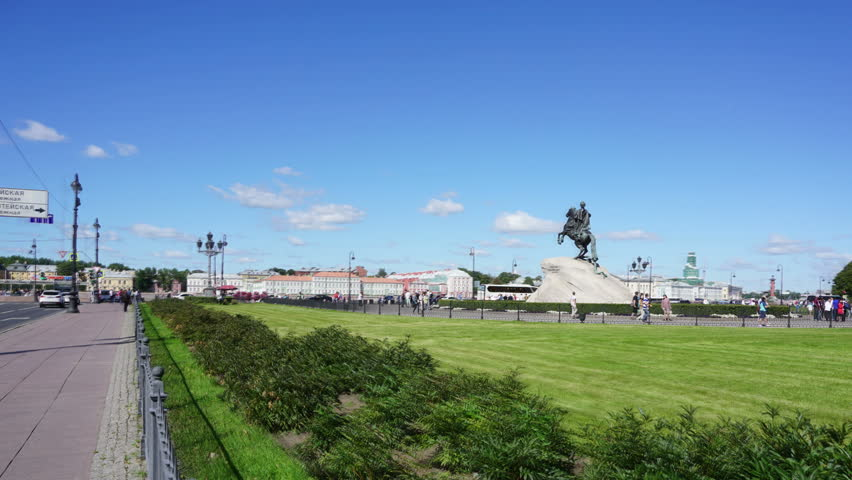 SAINT-PETERSBURG, RUSSIA - AUGUST 15, 2015: Peter I famous statue in St. Petersburg Russia - The Bronze Horseman, hyperlapse #12027122