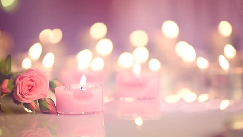 Romantic valentine 39 s day candles and flowers romance for Nice romantic scenes