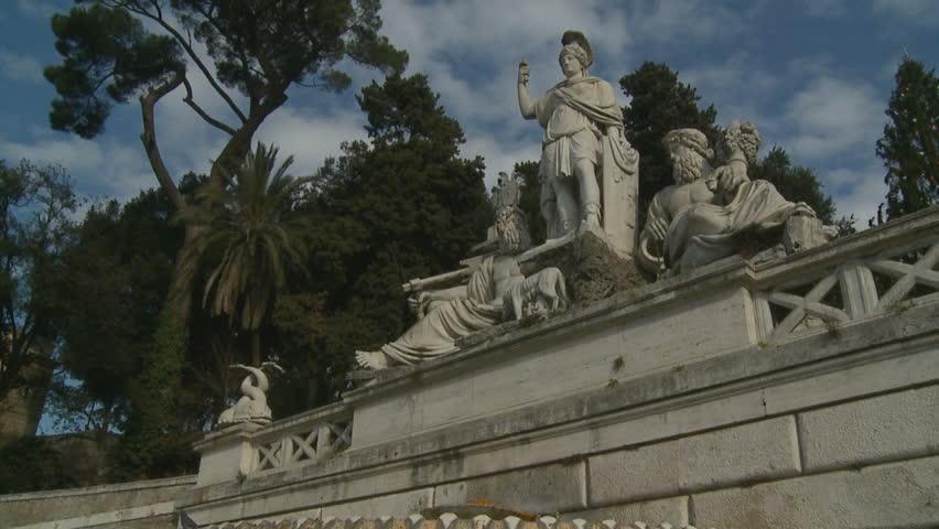 Piazza Del Popolo Fountain, Slow Motion Glidecam. Rome, Italy. 2011