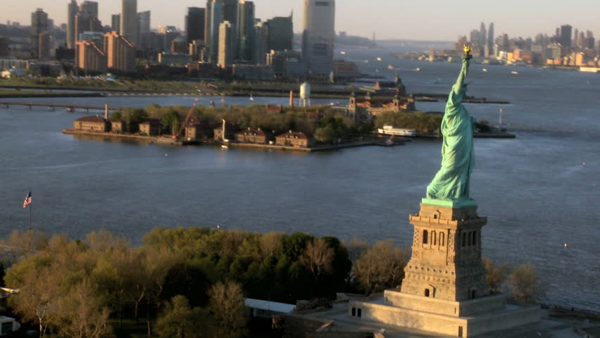 how to get to liberty island