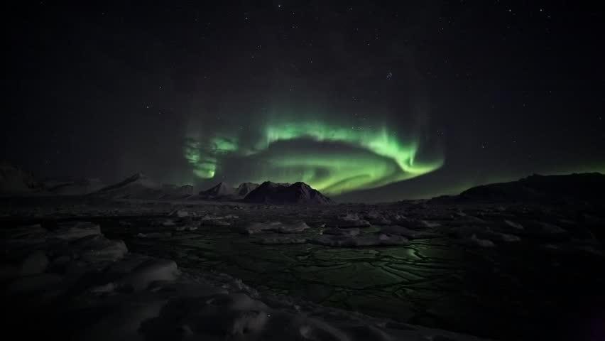 Aurora Borealis - Arctic winter landscape - timelapse