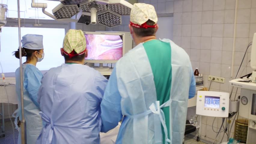 Header of herniotomy