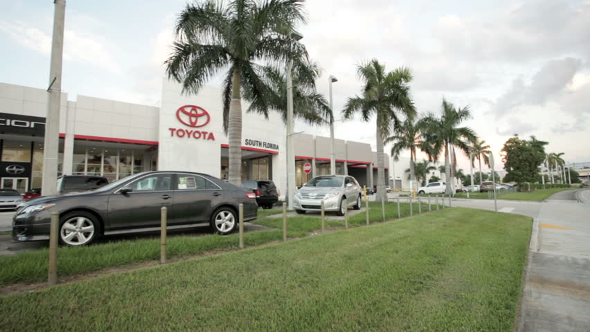 Toyota Of South Florida >> Miami October 1 Toyota Stock Footage Video 100 Royalty Free 1431862 Shutterstock