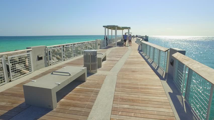 Miami Beach March 3 South Pointe Park Pier Is A 450 Foot Completed In 2017 At Cost Of 4 8 Million Dollars 2016 Fl