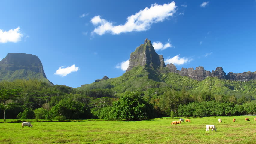 Time Lapse Valley on Moorea, French Polynesia