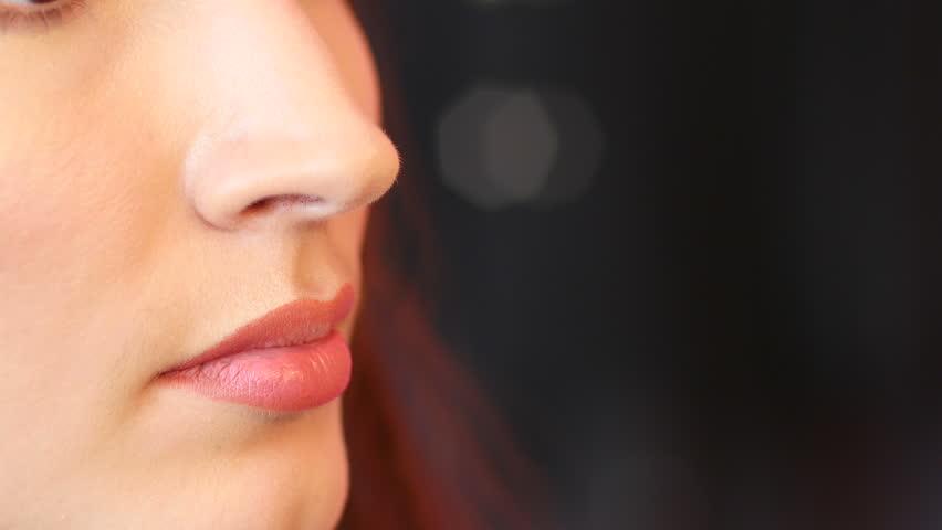 Applying Makeup For Wedding Photos : Wedding Makeup For A Young Bride - Face Closeup Applying ...