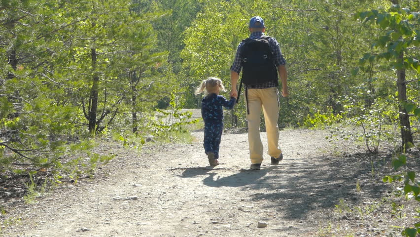 Can not Dad with daughter walking