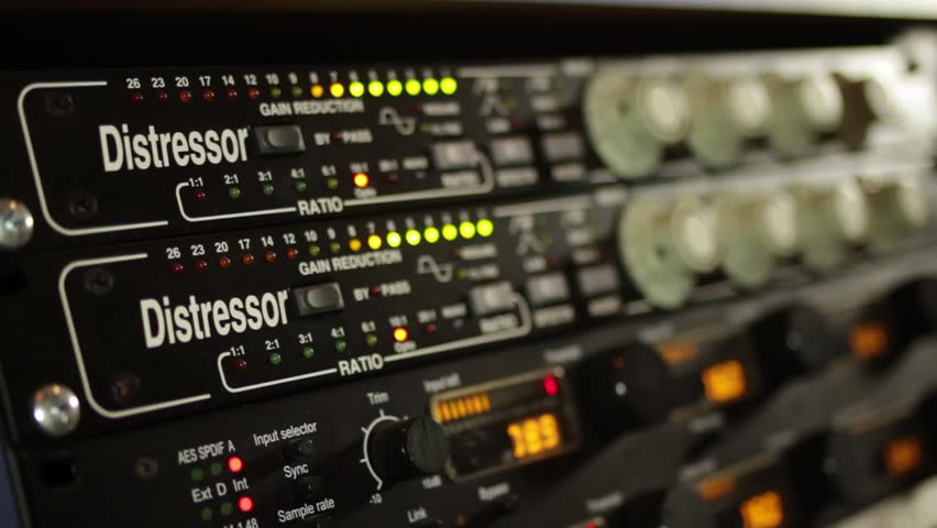 Recording Studio - Control Room - Using Compressor