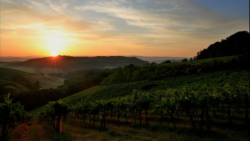 Sunrise in Tuscany in the timelapse