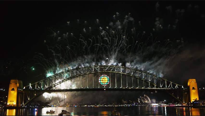 New Years Eve fireworks on Sydney Harbor Bridge-6