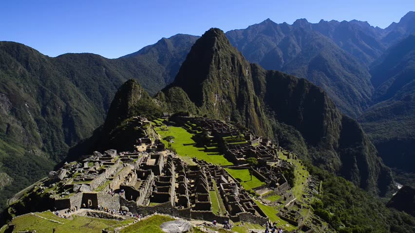Machu picchu peru the famous ruins of the incas with for Fondos de pantalla 7 maravillas del mundo