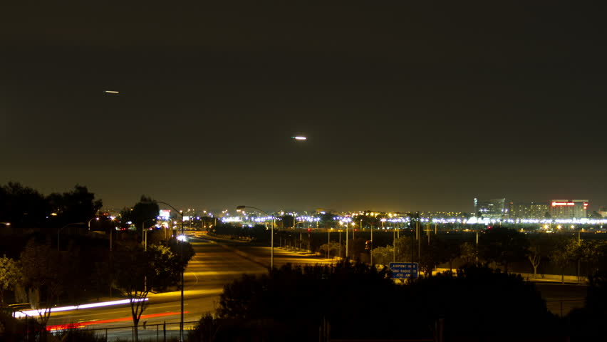 Timelapse of planes landing at LAX at night