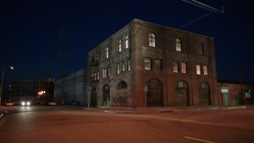 Hd0020Dusk Magic Hour Night Wide Along Industrial Street Area Corner 3 Story Distressed Run Down Brick Building Warehouse Loft Apartment