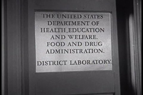 Larry goes to the FDA to ask about the source of his mother\xCDs tea, and what can be done to prevent quacks and medical fraud. (1950s)