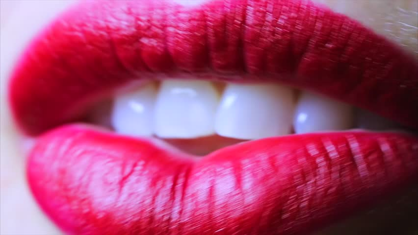 Chicas lengua lamiendo en el coño y clítoris