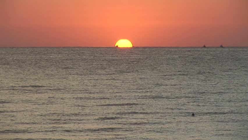 Cabo Sunrise Zoom