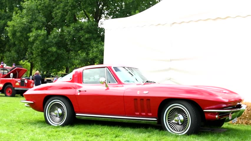 JUCHEN, GERMANY   AUGUST 5: Chevrolet Corvette Stingray 1960s Classic Coupe Sports  Car On Display During 2016 Classic Days At Dyck Castle In Germany.