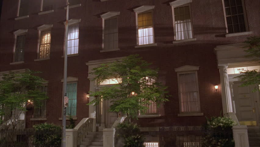 Night Left Story Brownstones Red Brick Small Step Up Apartment