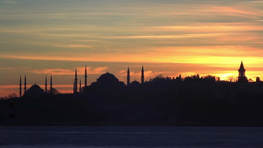 Sunrise in Istanbul; Timelapse