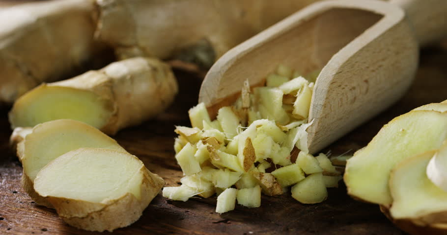 composition based on ginger, fresh and spicy food that is good for the body, and an extra flavor to food or drink. Concept: health, diet, health, food