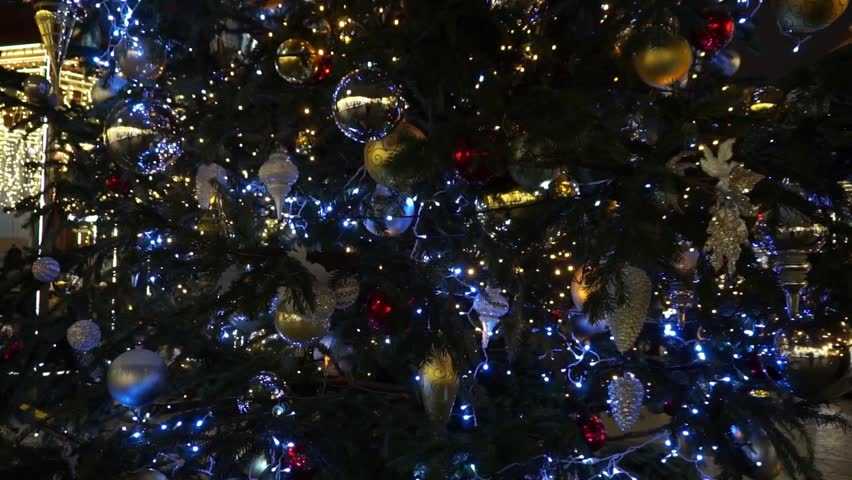 christmas tree closeup hd stock video clip - Raindrop Christmas Lights