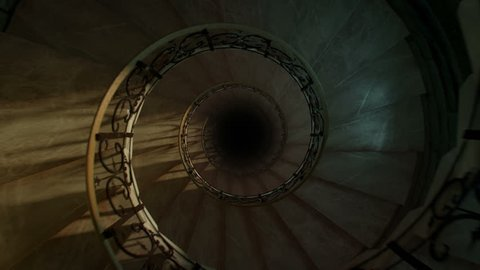 Round spiral staircase, loop and reverse
