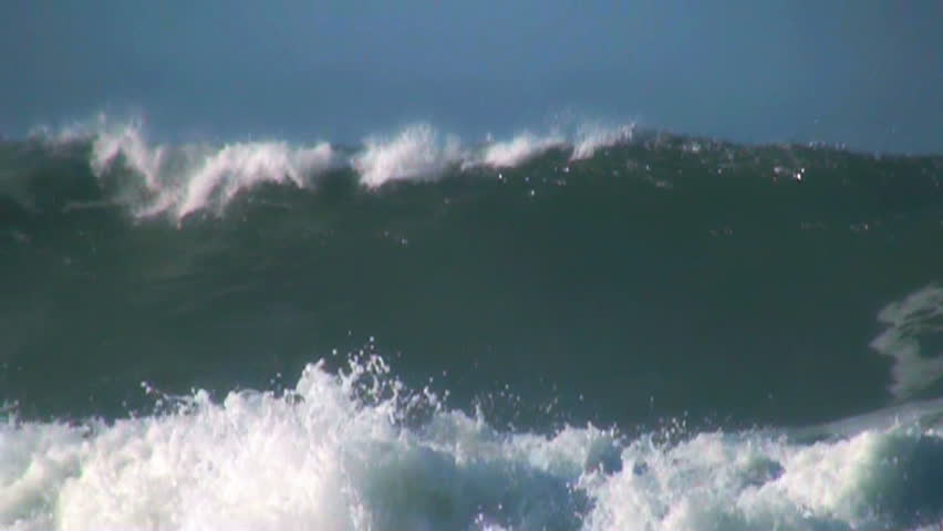 Ocean very big wave