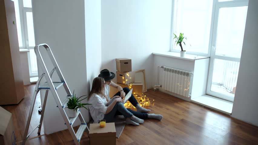 A Young couple arranging relocation | Shutterstock HD Video #24327932
