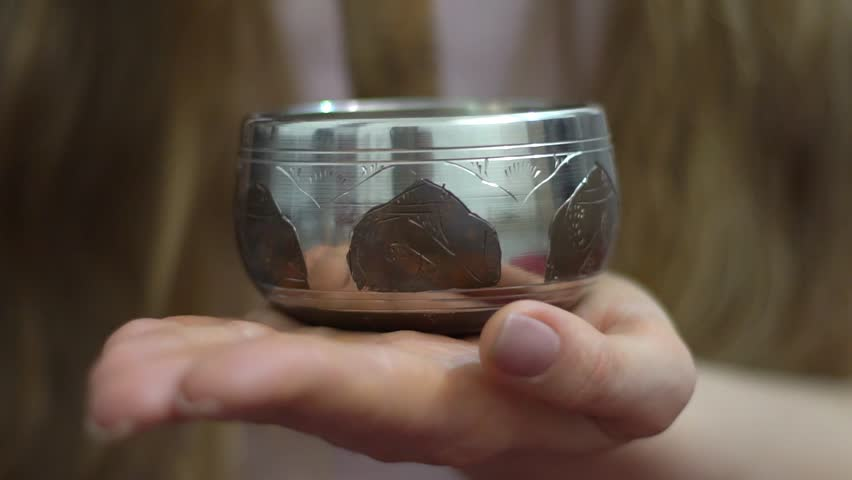 Singing bowls, Himalayan bowls, Tibetan bowls