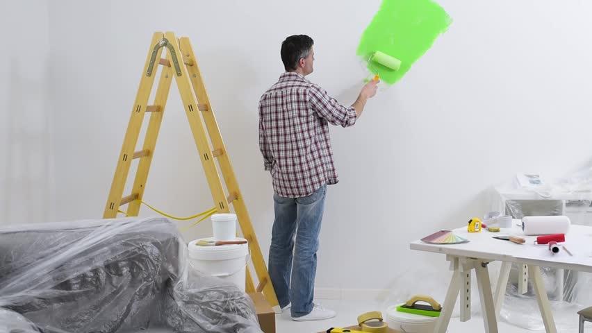 Man Painting Interior Walls at Video de stock (totalmente libre de  regalías) 26647852 | Shutterstock