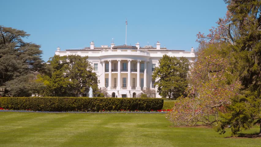4k0010oval Office And Presidents Garden At The White House Of