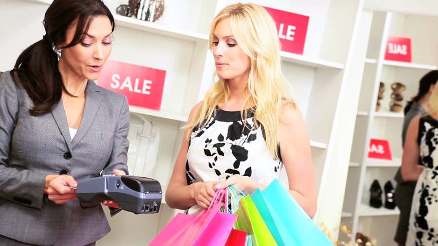Картинки по запросу шопинг с подругами