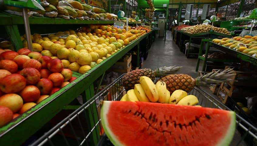market fruit and vegetables pov