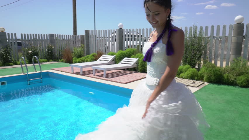 Unique Pool Wedding Dresses